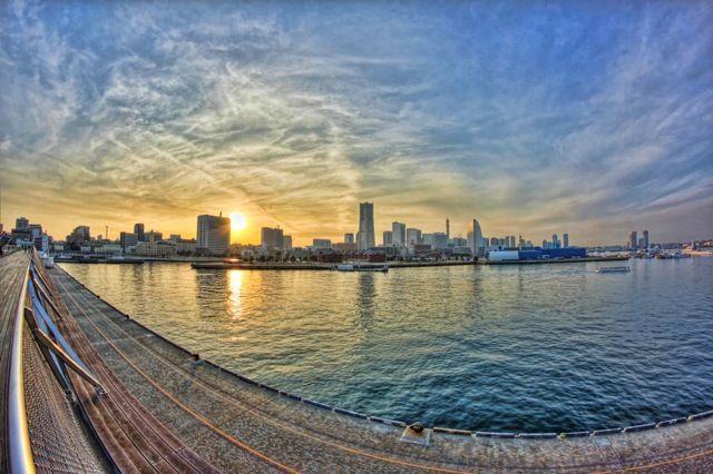 夕暮れの横浜大桟橋からの美しい景色 美しい景色 大桟橋 風景