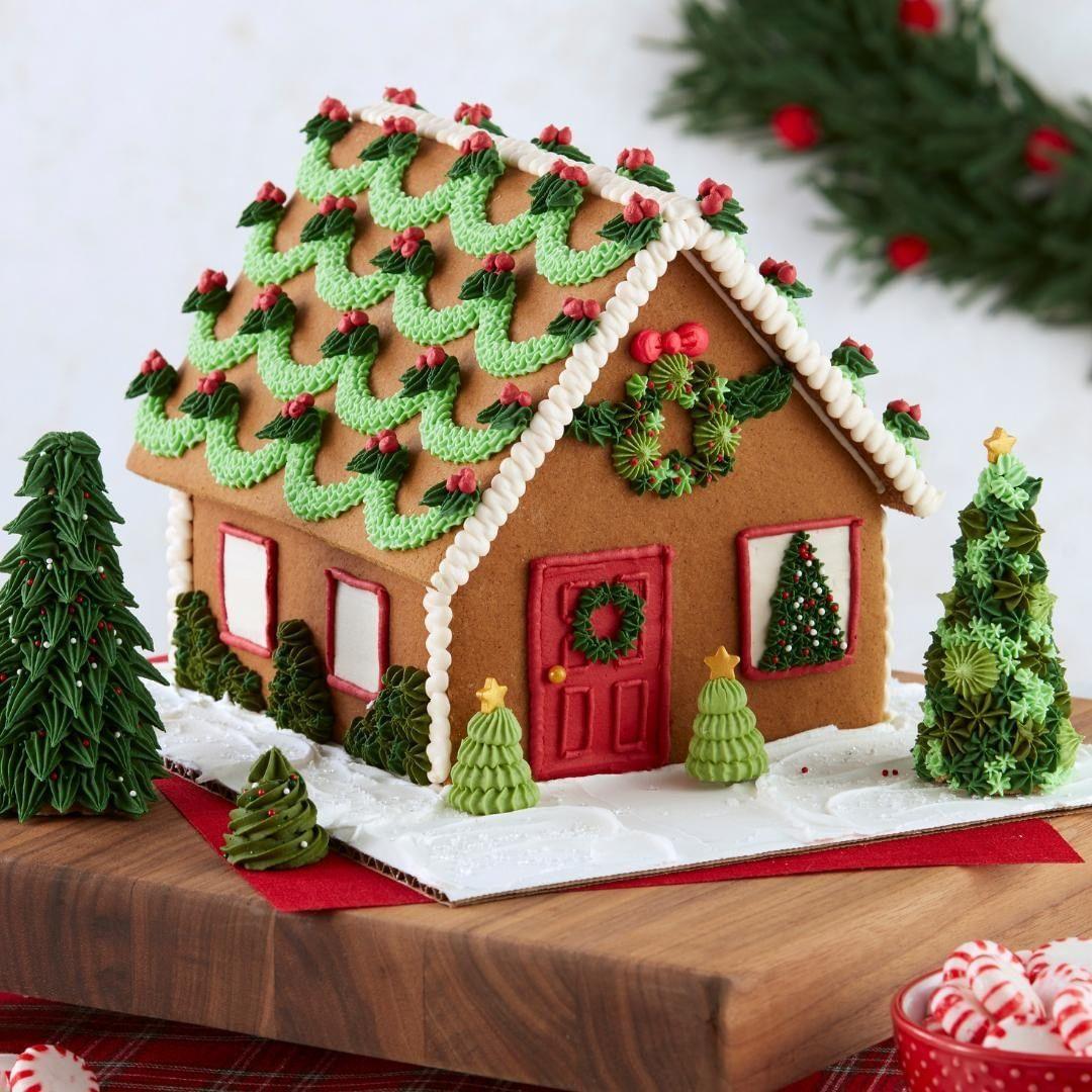 Torte Decorate Per Natale pin di teresa zurlo su biscotti di pan di zenzero (con