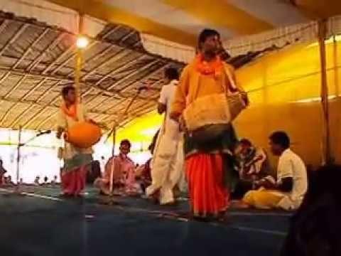 Manasamangal  kabya  ( Part 1) recited by Sri panchkari Das   at Santiniketan Poush Mela Compound ... Manasamangal kabya  is the oldest of mangal kabya and narrates how snake god manasha establishes her worship by converting a worshiper of lord shiva to her worshiper. Manasa is also known as Bisahari, Janguli and Padmavati.
