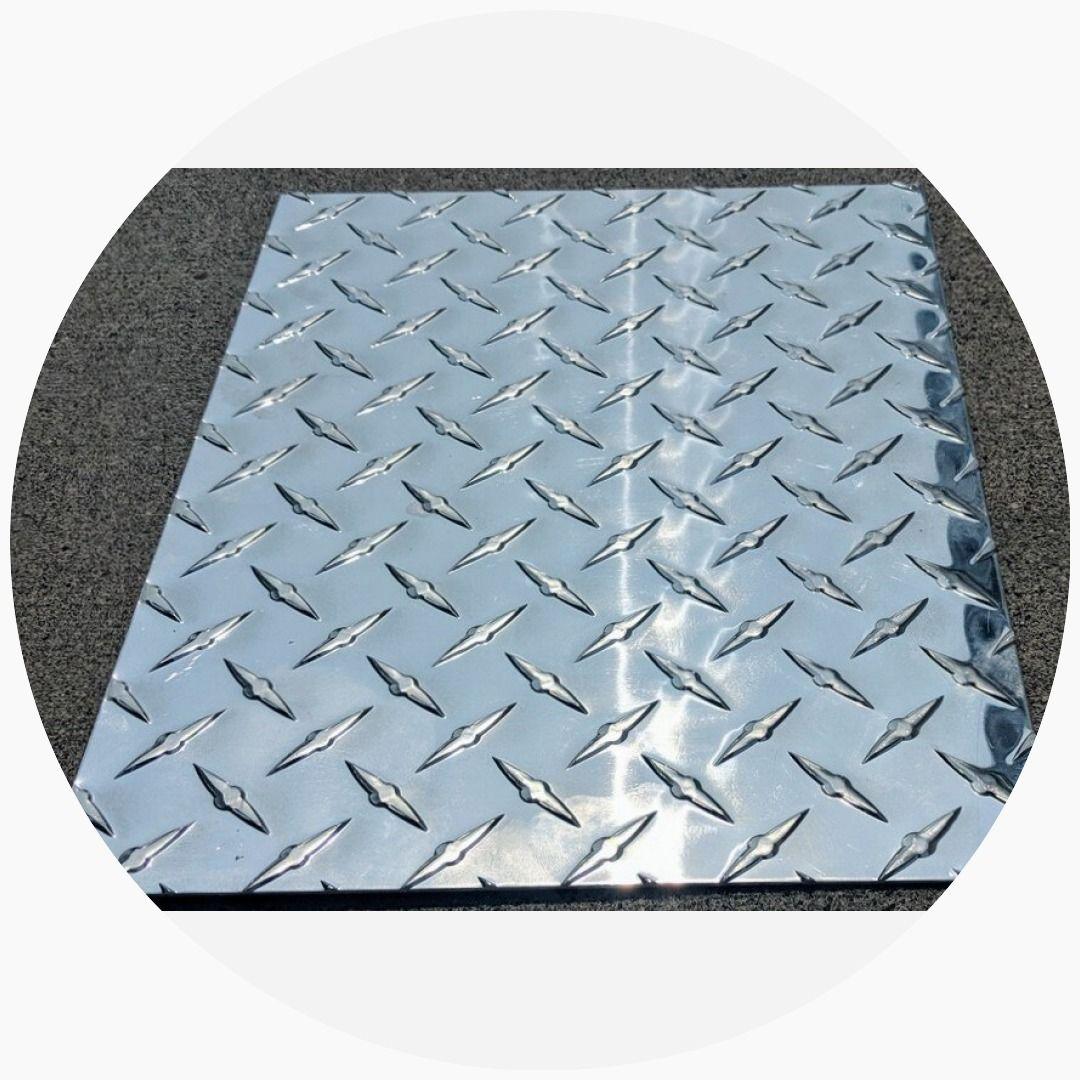 Aluminum Diamond Plate Tread Brite 8 X 11 3003 063 16 Gauge Chrome Diamond Plate Chrome Aluminum