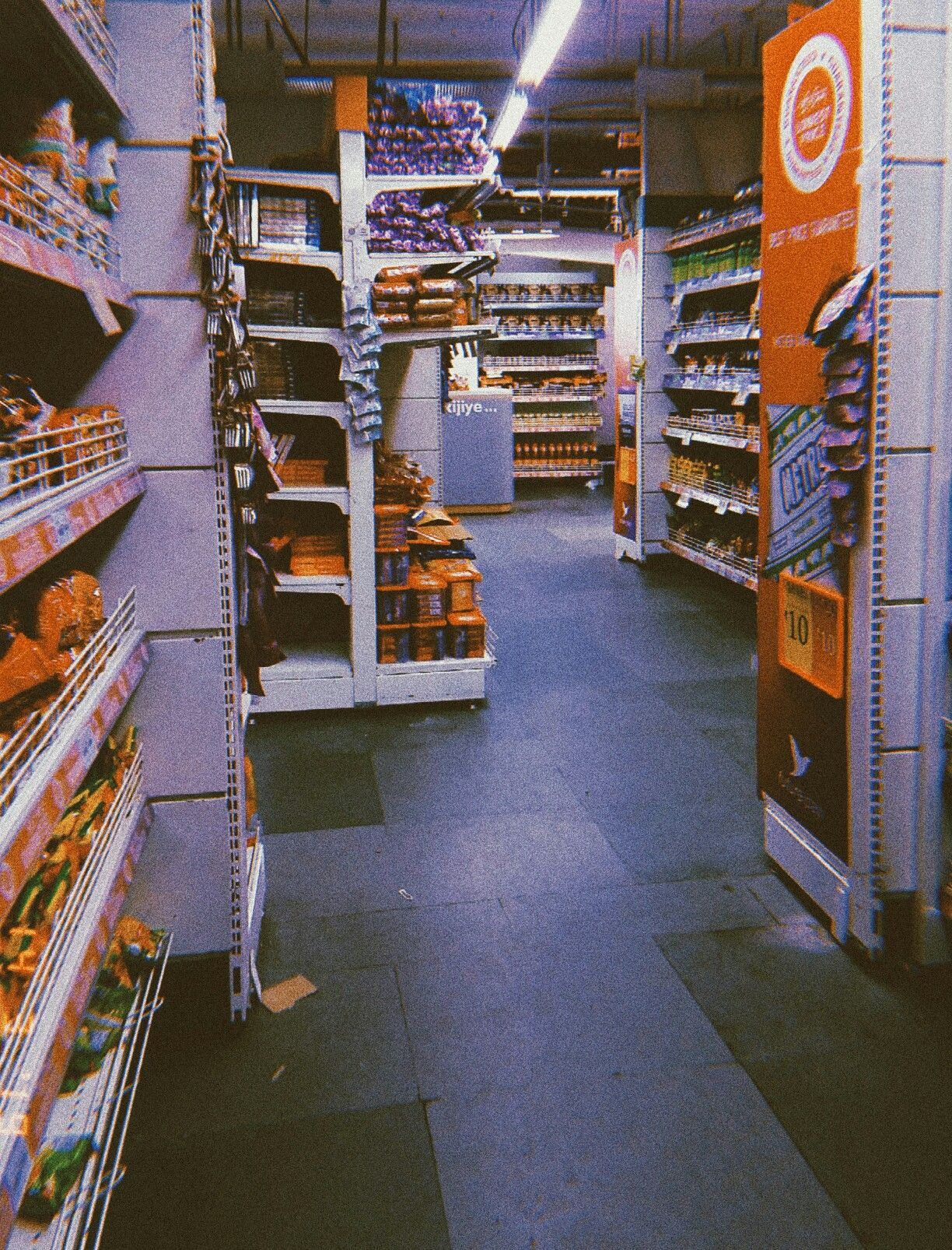 Grocery Store Aesthetics 2 0 Ramen Noodles Grocery Store Aesthetics Vsco Edit Tumblr Chinese Aesthetic Aesthetic Stores Grocery Grocery Store