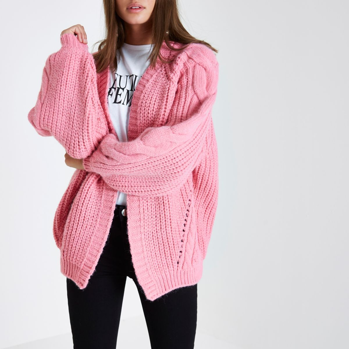 ce09e06ceb3 Heavyweight knit fabric Chunky cable knit detail Long balloon sleeve ...