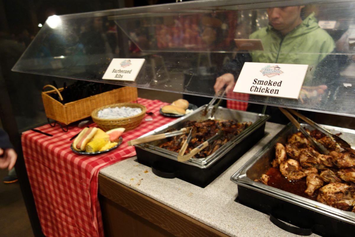 Mickeyu0027s Backyard Bbq Smoked Chicken Bbq Ribs