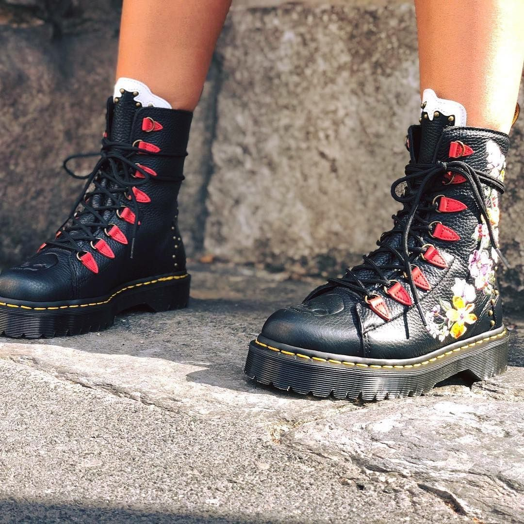8b072839f9976 Pin by Ma Maison Shoes on DR. MARTENS ☆ in 2019
