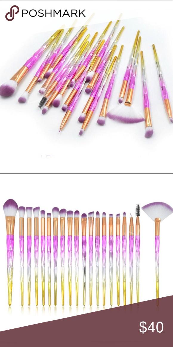 NEW 20 Piece Makeup brushes set NWT Makeup brush set