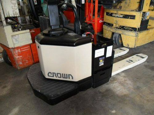 Crown PE 352060 Forklifts for sale or rent Crown