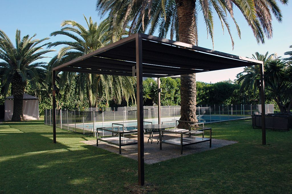 steel metal pergola design if your interested in viewing. Black Bedroom Furniture Sets. Home Design Ideas
