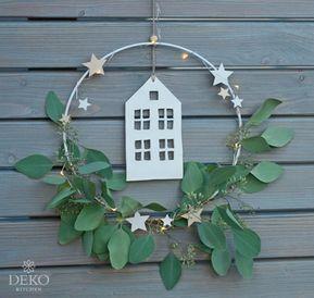 DIY: Weihnachtsdeko für die Wand mit Metallringen... - #die #DIY #dollar #für #Metallringen #mit #Wand #Weihnachtsdeko #weihnachtenikea