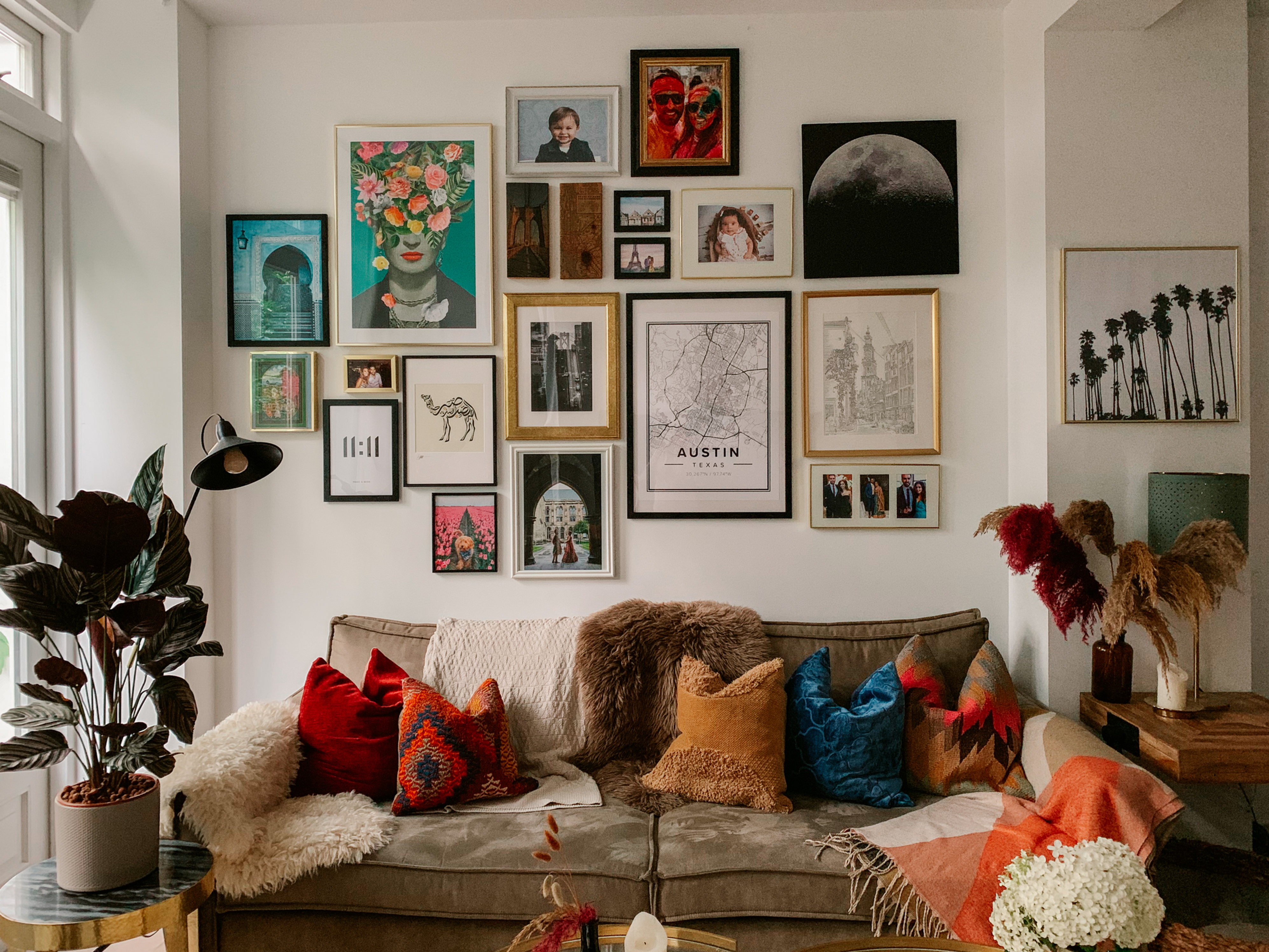 Photo of Creating a Wall Gallery Living Room Ideas