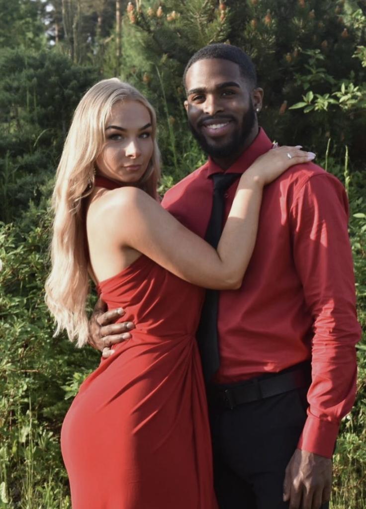 Girl a black dating man white White Girls