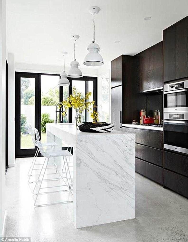 Marble kitchen bench | Kitchens | Pinterest | Kitchen benches ...