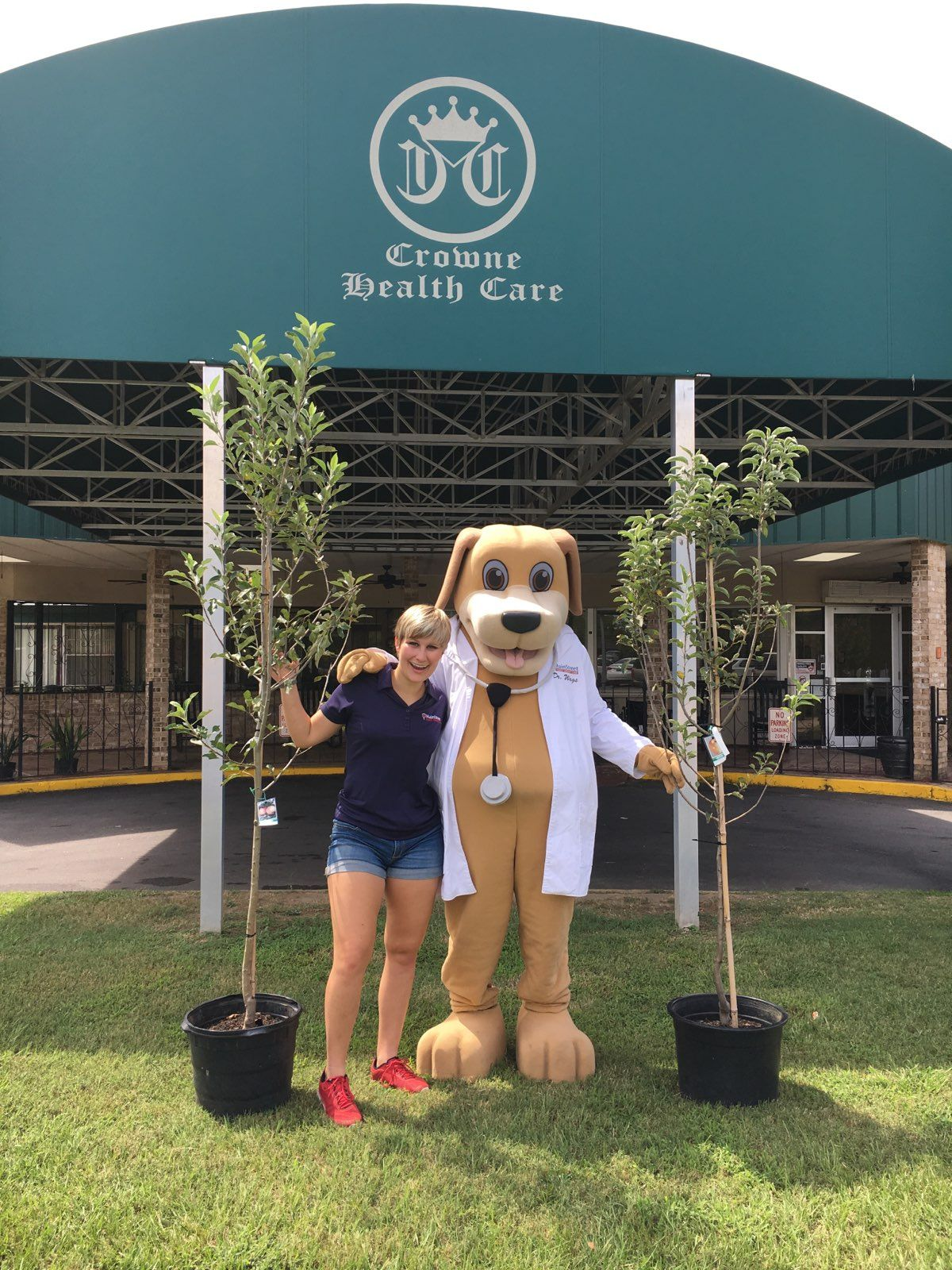Dr wags donates apple trees to crowne health care of