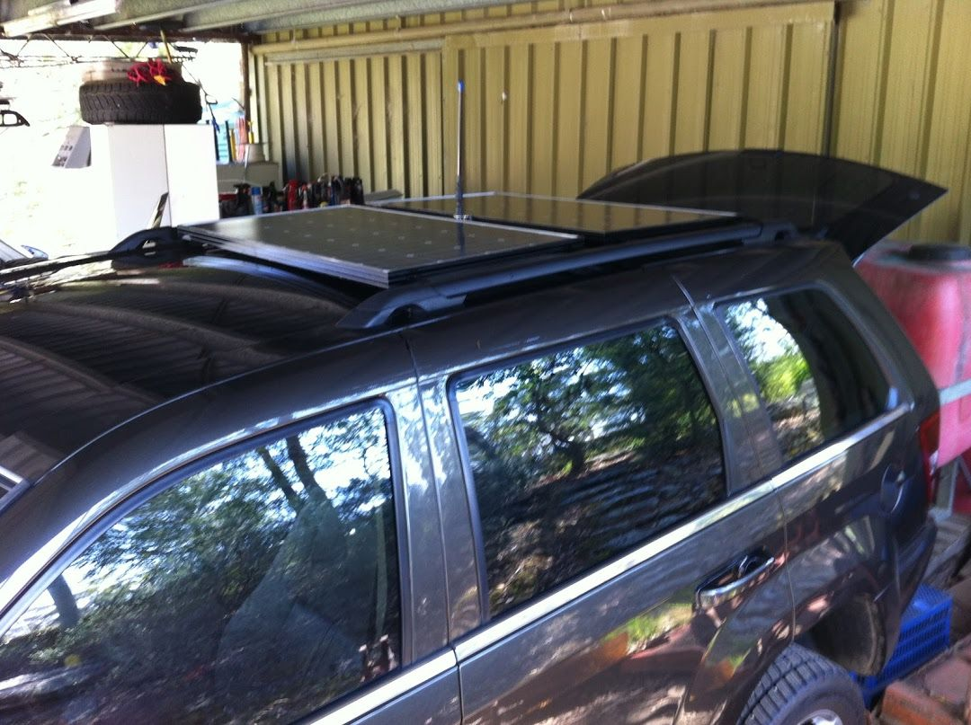 Solar Panels On A Jeep Wk Wh Grand Cherokee In Stock Roof Rails Roof Rails Jeep Wk Solar Panels