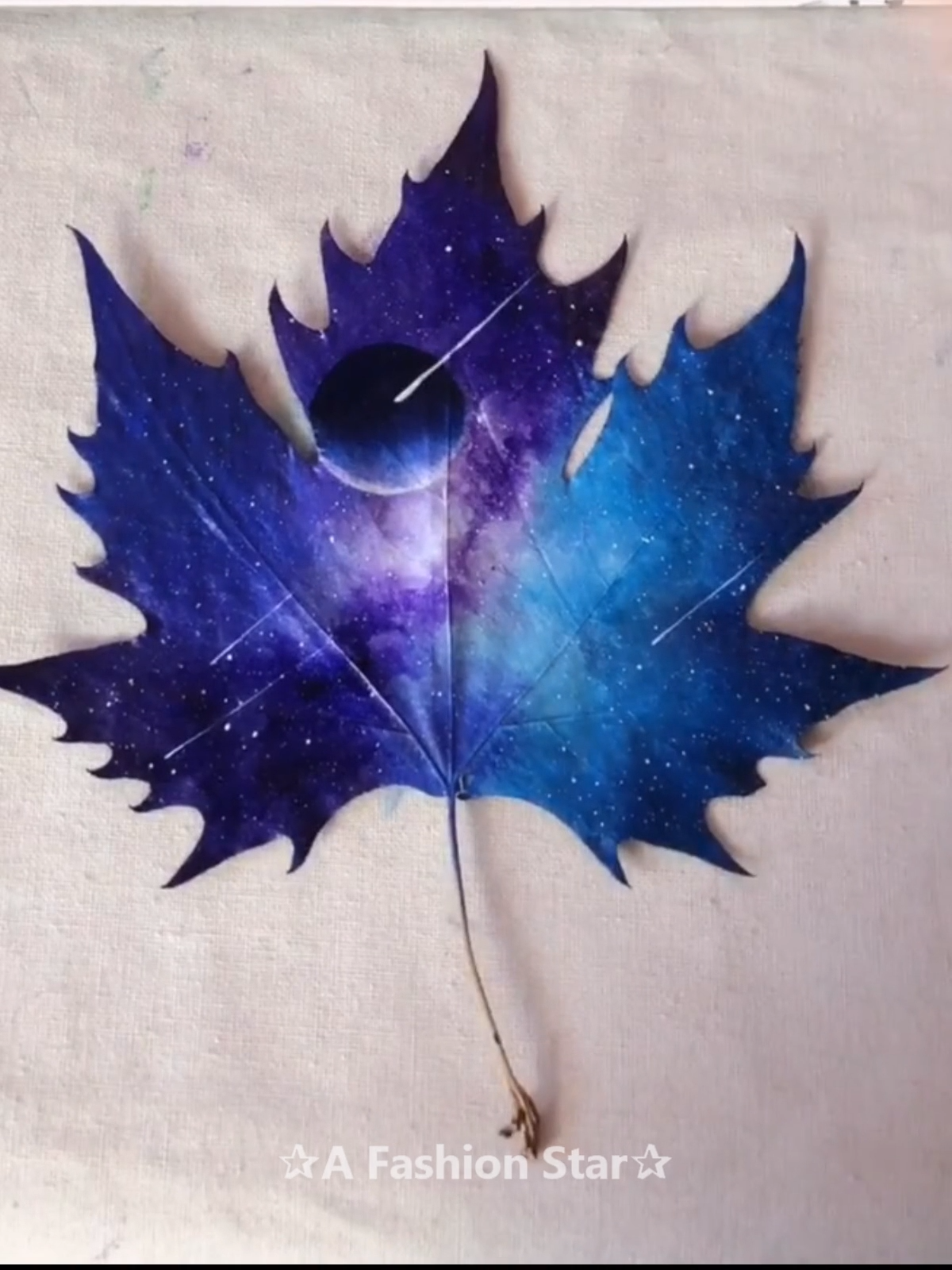 7 Easy Incredible Art On Leaves - Leaf Painting Ideas For Home Decor #houseinterior