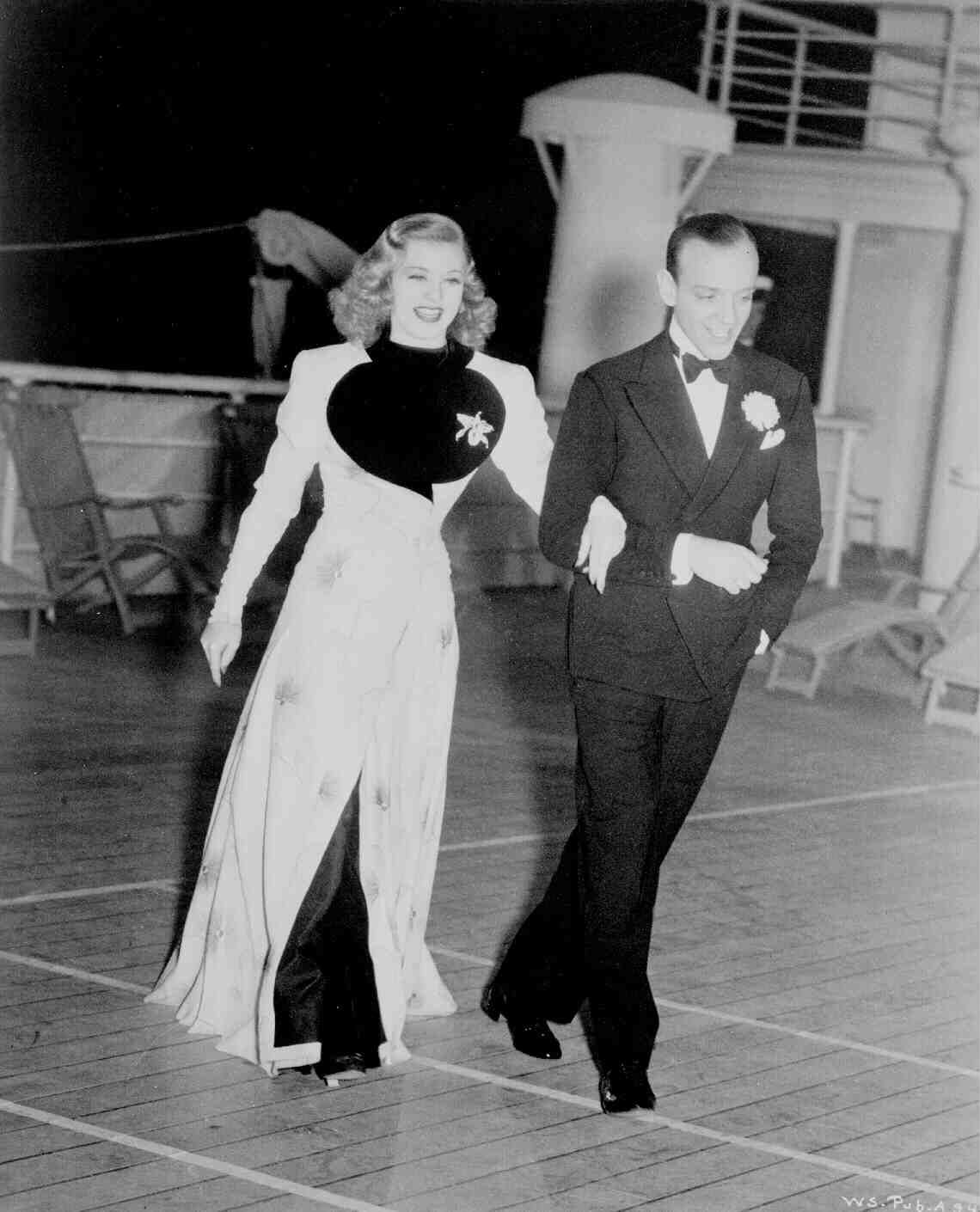 Ginger Rogers With Fred Astaire In Rehearsal For Walking The Dog Sequnce On The Set Of Shall We Dance 1937 Fred And Ginger Fred Astaire Ginger Rogers