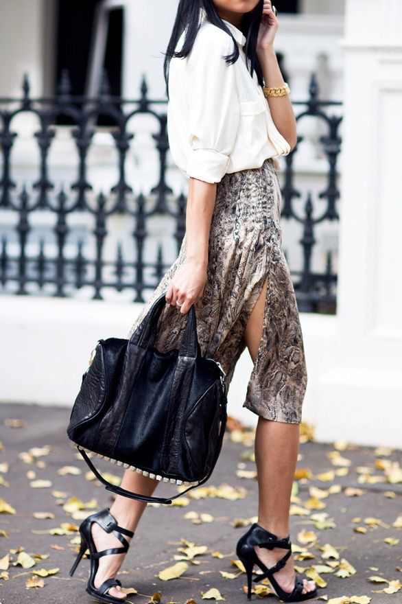 street chic ... repinned by Jourdan Dunn, follow more content at http://pinterest.com/shop4fashion/hottest-of-the-honey-pot/