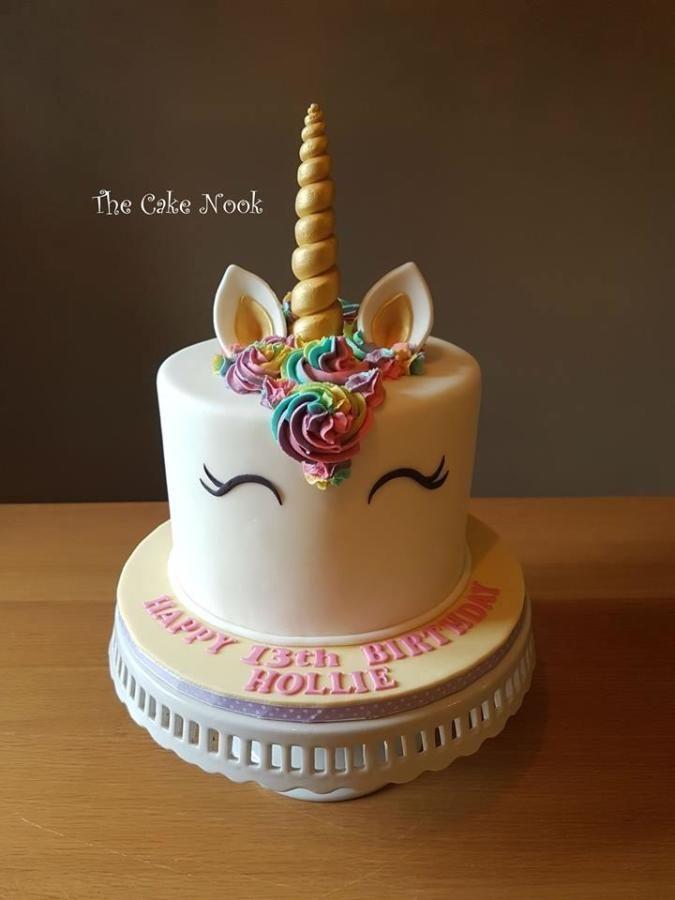 Unicorn Cake By Zoe Robinson Cakes Cake Decorating Daily