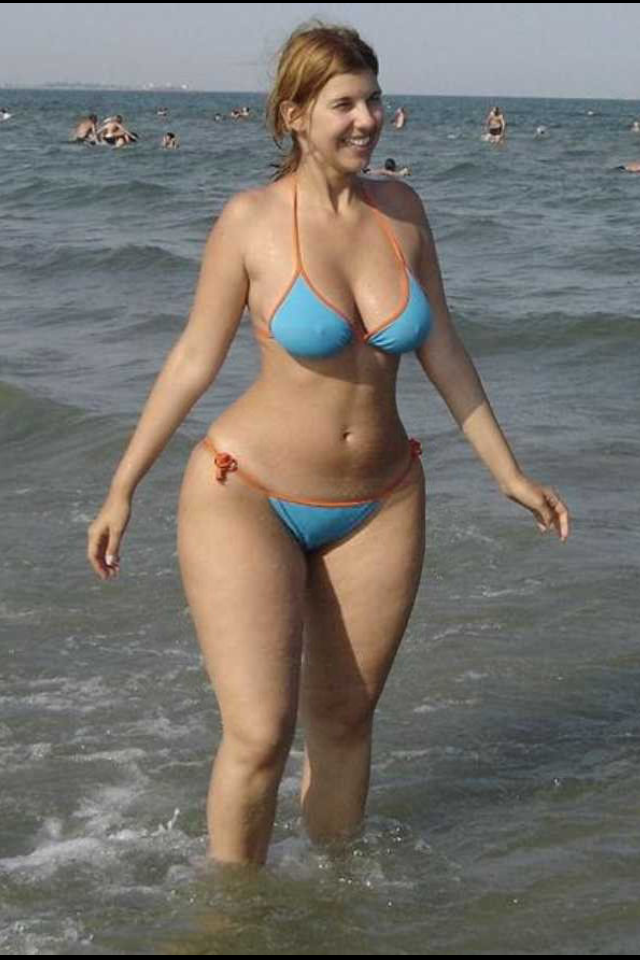 481c19482ae19 Wide hips : Photo | curves rule 4 in 2019 | Chubby ladies, Curvy ...