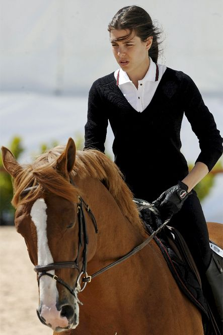 976b08d81 Charlotte Casiraghi Equestrian Style | Equestrian | Equestrian style ...
