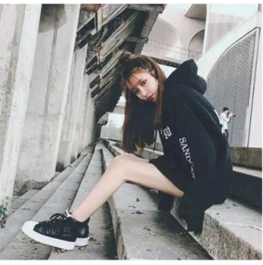c3f98d14ac296 メルカリ商品: 残少!春服オルチャンパーカー♩ オーバーサイズ 袖ロゴ 黒 XL #メルカリ