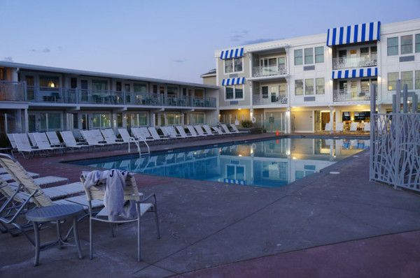 A Review Of The Sea Crest Beach Hotel In Falmouth Cape Cod Machusetts