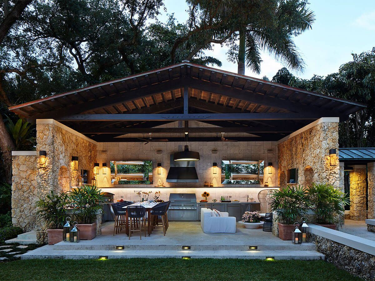 Entertaining space, complete with an outdoor kitchen