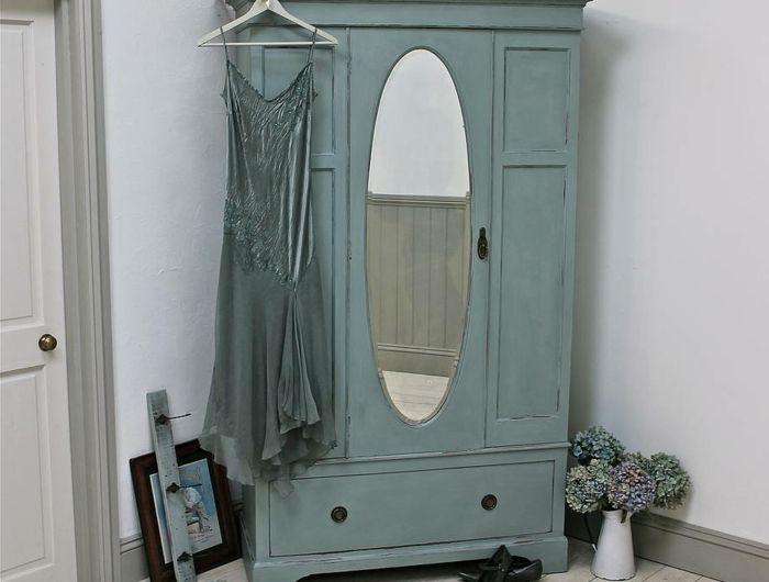 ▷1001+ idées pour relooker une armoire ancienne Armoires - Repeindre Une Armoire En Pin