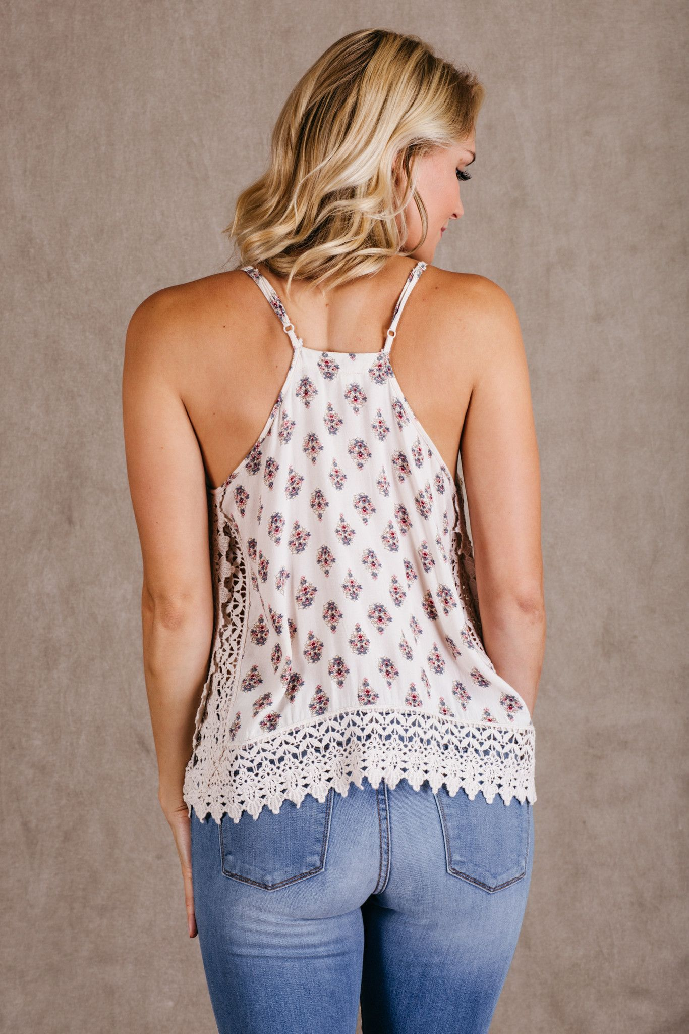 ropa bonita Summer Fashion, Lace Tops, Tank Top Outfits, Summer Outfits, Floral…