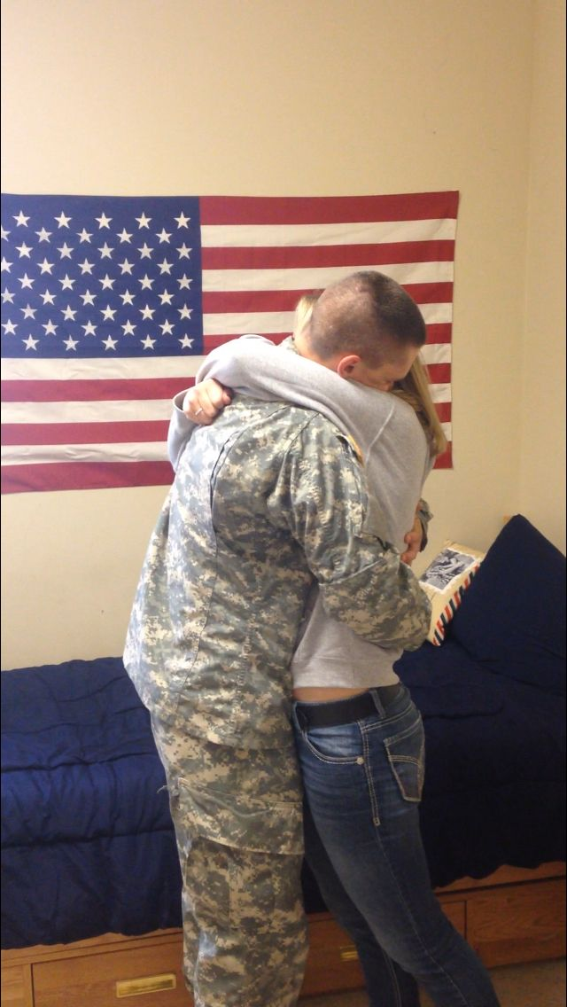 Best feeling.... being in the arms of your soldier again!