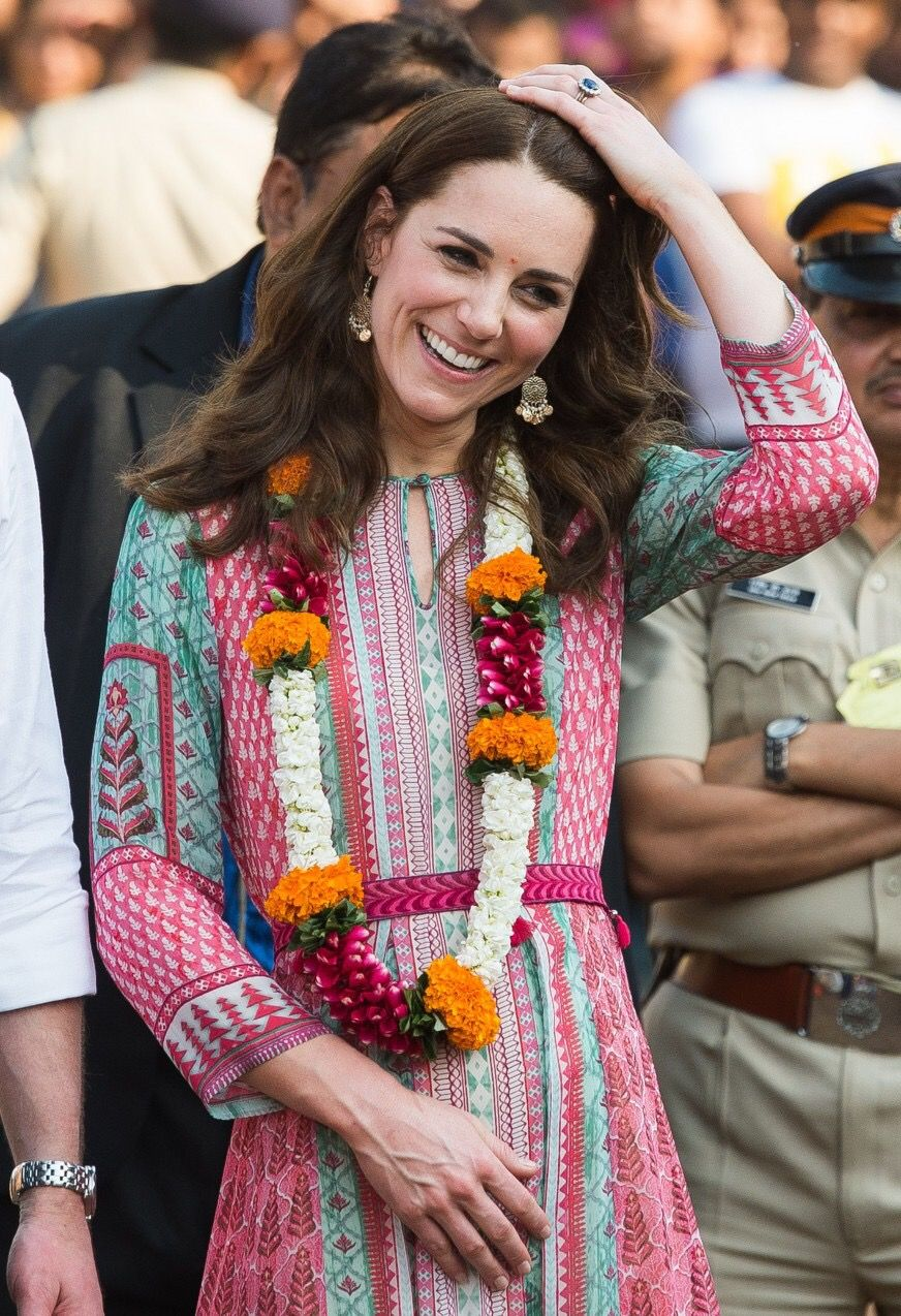 aa6c22494b What to wear in India - How to do the Golden Triangle looking as Stylish as  a Duchess, as Cool as a Local and as practical as a Backpacker.