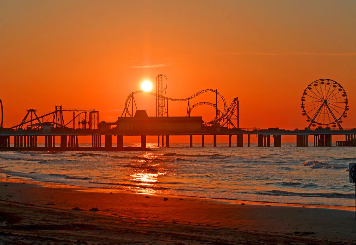 Galveston Pleasure Pier Reopens 51 Years After it was Destroyed by Hurricane Carla - Entertainment Designer