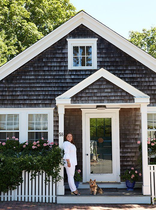 Small Cottage Interiors Cozy Home Office Cottage: Inside A Designer's Absolutely Charming And Cozy Nantucket Cottage