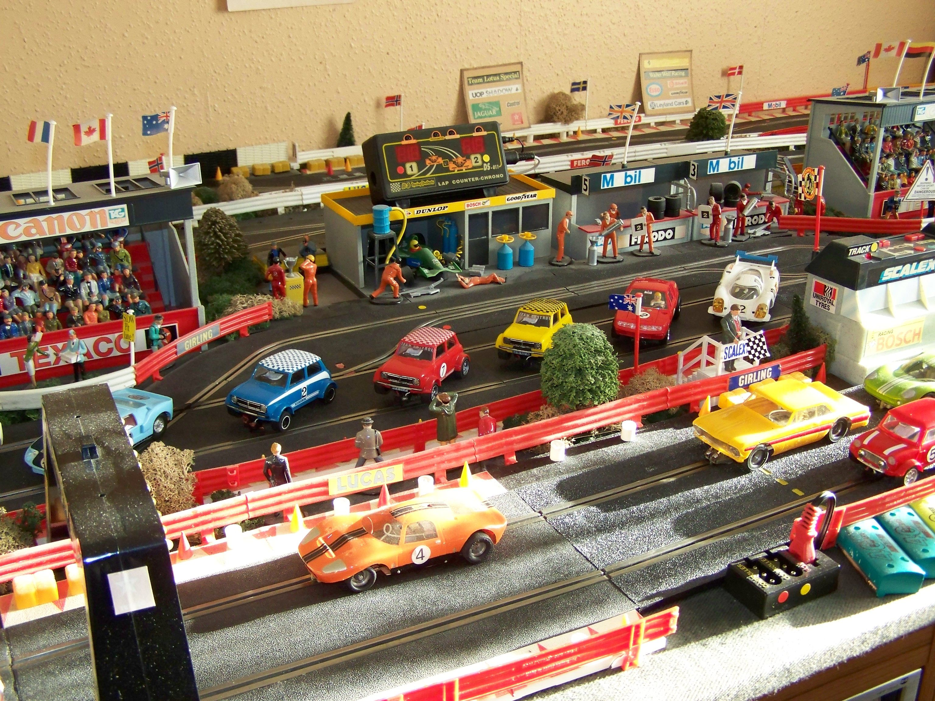 Major Scalextric Racing Over 1000 Cars In Collection
