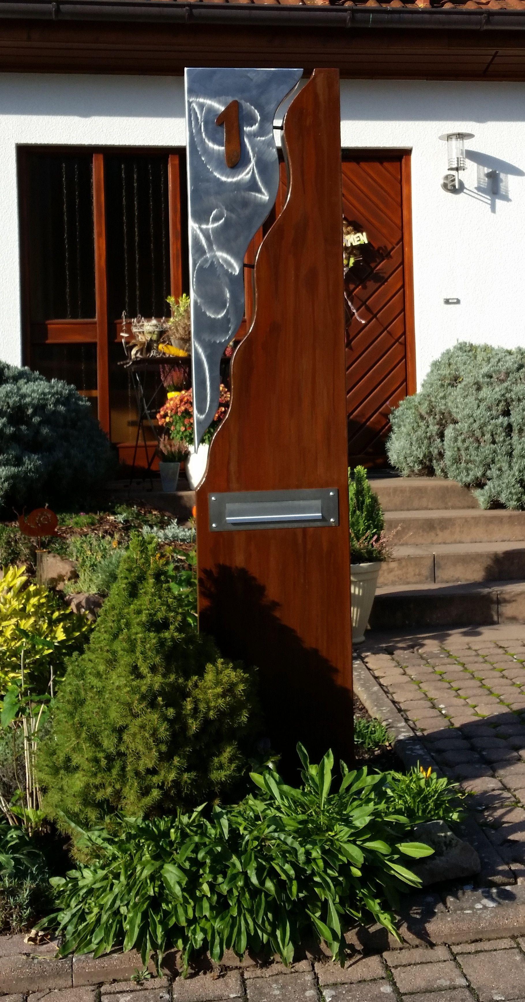 Briefkasten s ule bestehend aus einer kombination von stahl u edelstahl kunst in 2019 - Gartendeko stahl ...