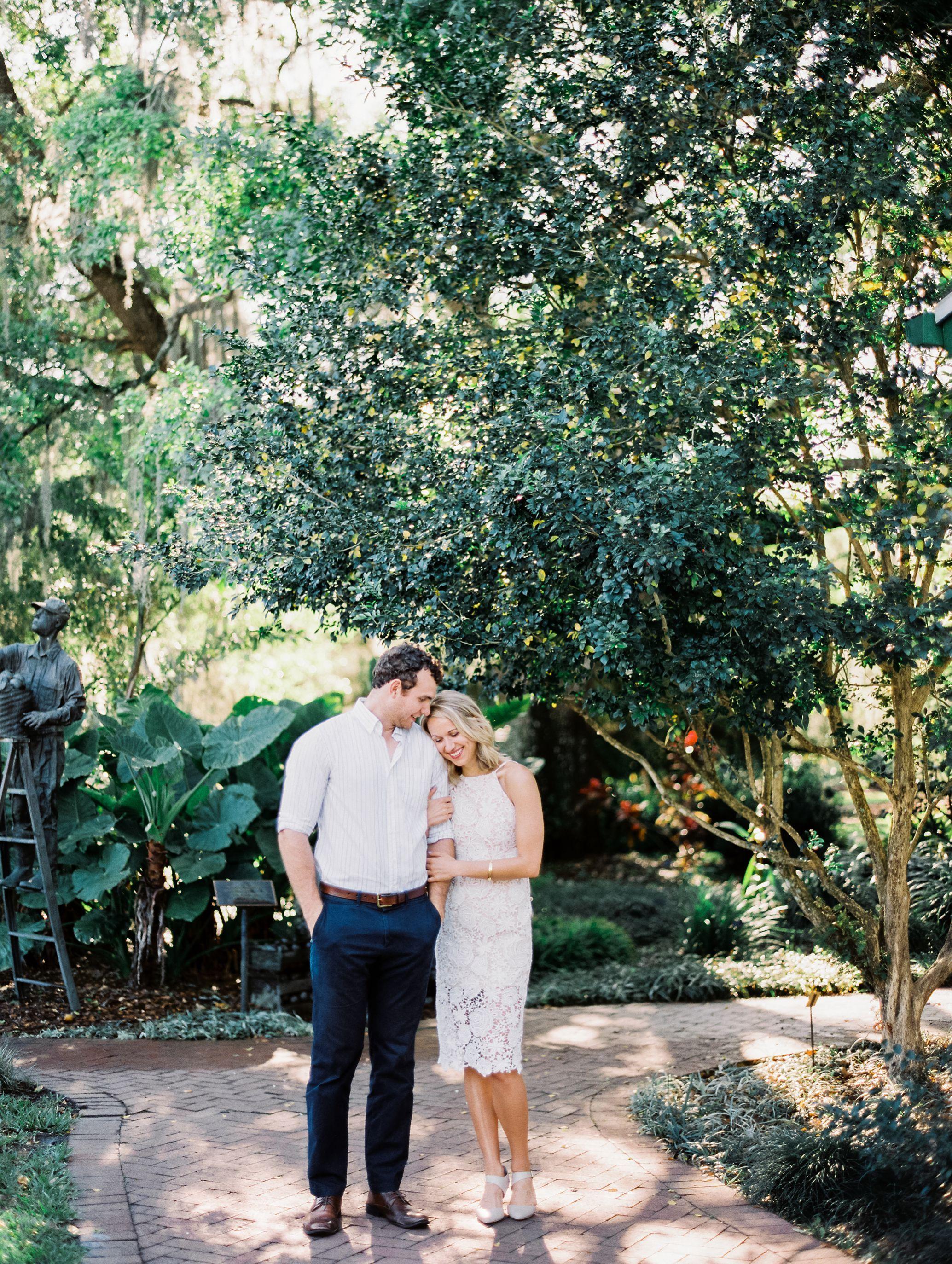 leu gardens engagement photos orlando wedding photographer best
