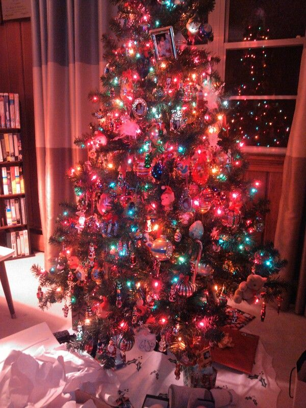 90s Christmas Tree Decorations.2012 Christmas Tree Full Of All Kinds Of Vintage Ornaments