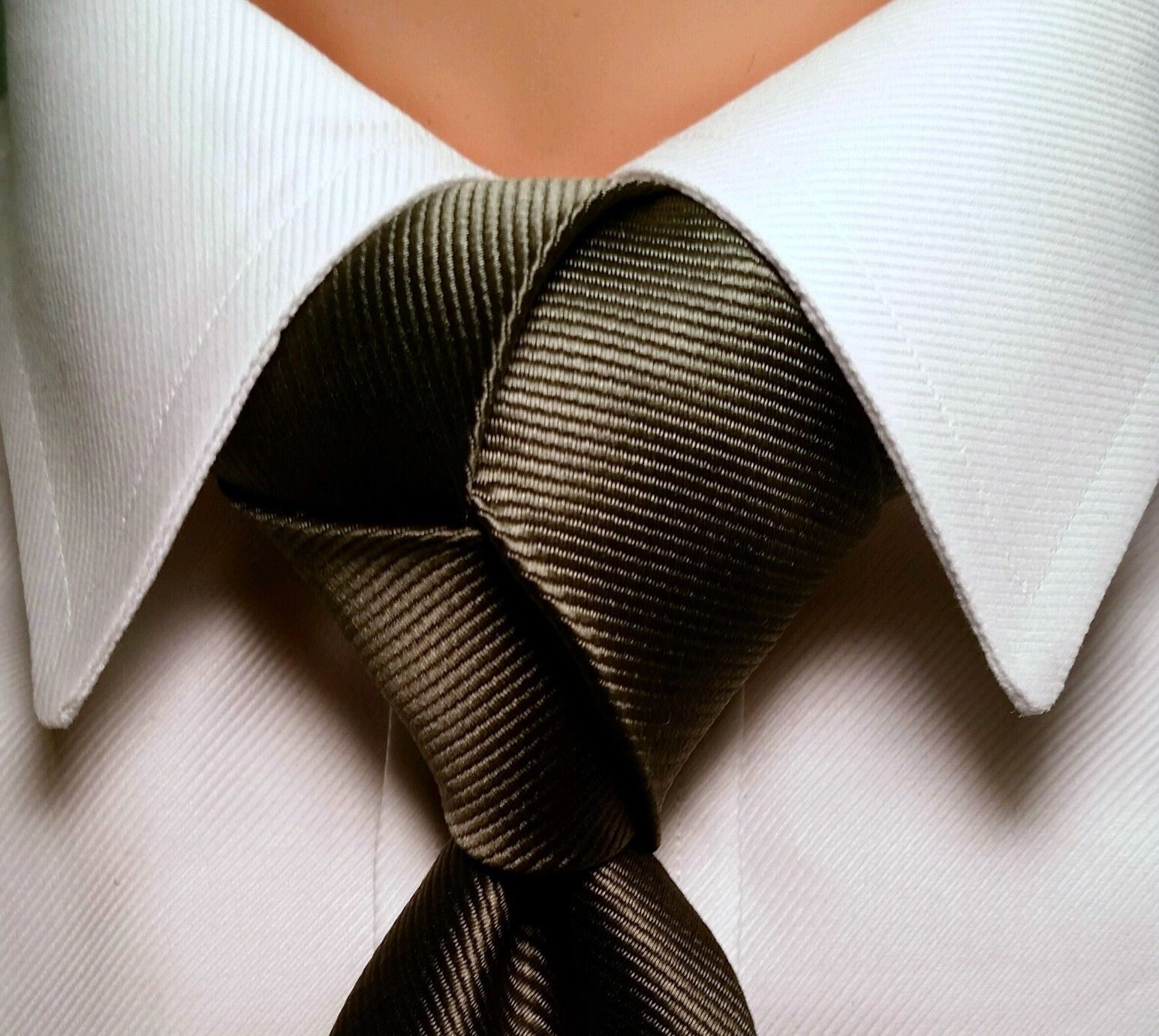 Red Trinity In 2018 My Style Pinterest Tie Knots And Mens Knot Diagram Pre Tied Knotted Necktie A
