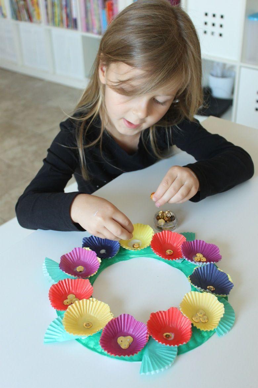 Photo of Cupcake liner floral wreath – Mama.Papa.Bubba.