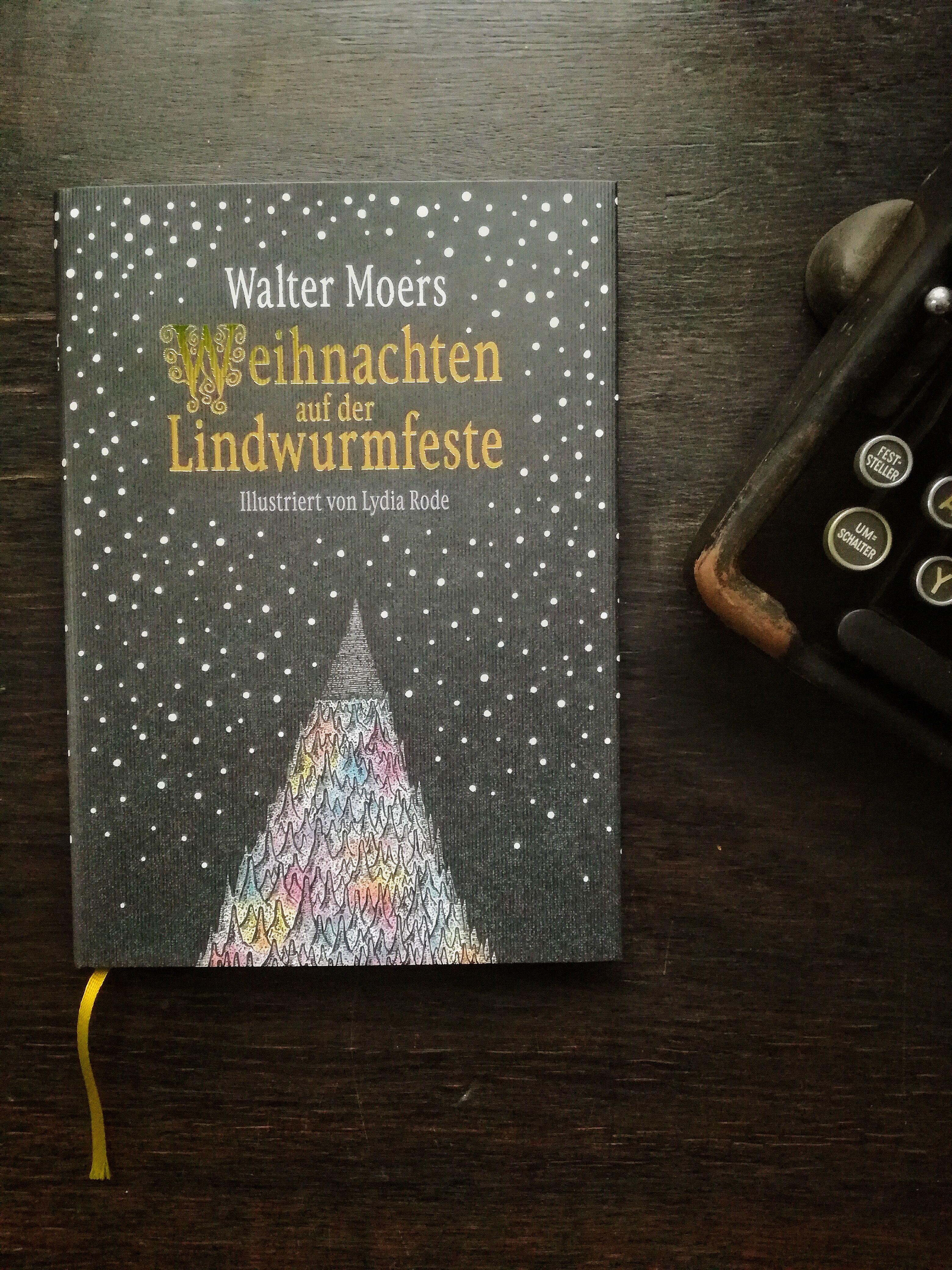 Weihnachten Auf Der Lindwurmfeste Walter Moers Walter Moers Moers Und Buch Veroffentlichen