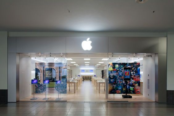Is It Just Me Or Have The Apple Retail Stores Pretty Nearly Cancelled All Their Free Workshops Apple Retail Store Apple Store Retail Store
