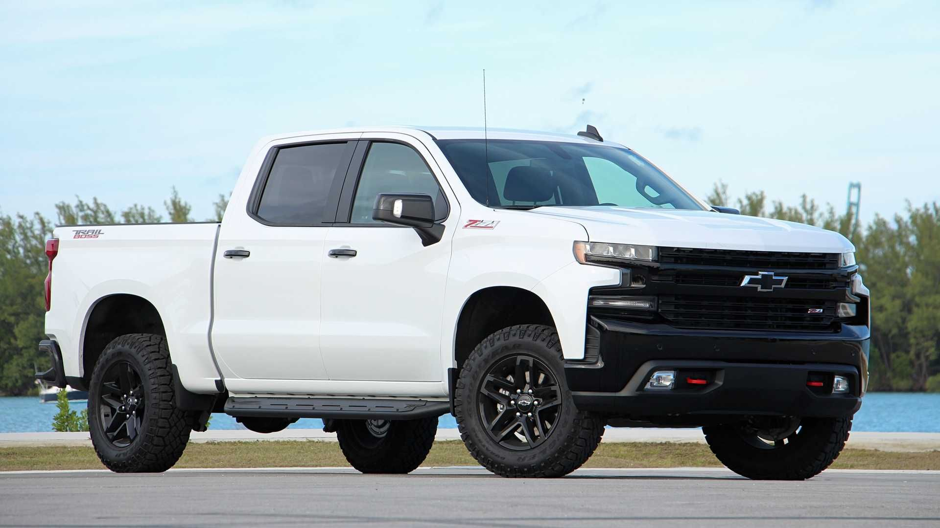 2020 Chevy Silverado Trail Boss Towing Capacity Specs Price