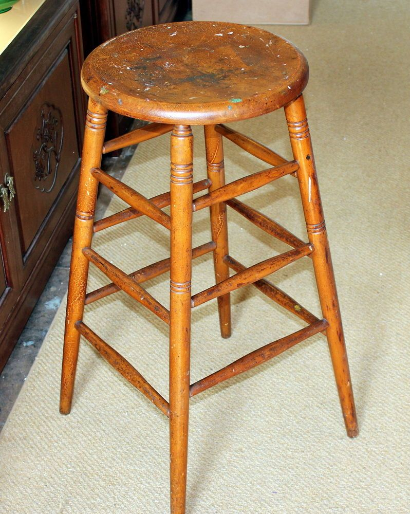 S Bent Brothers Gardner Ma Antique Hand Made Maple Stool Chair