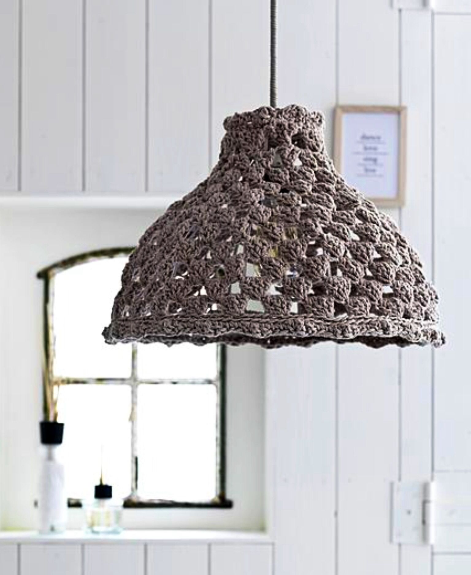 crochet d co lampe pour la maison pinterest crochet. Black Bedroom Furniture Sets. Home Design Ideas