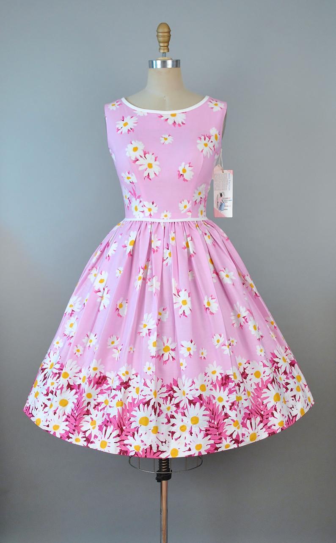 Vintage 50s Dress 1950s Max Factor Cosmetic Deadstock Tag Etsy Vintage Dresses 50s Vintage Dresses Online 50s Dresses [ 1283 x 794 Pixel ]