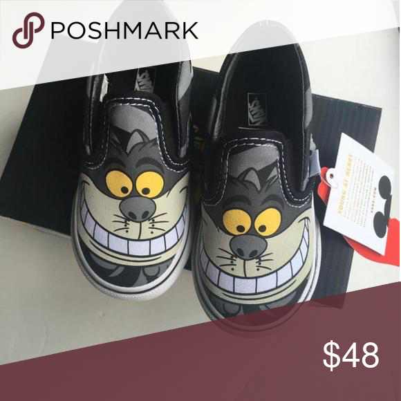 d231f28ab4 Vans Cheshire Cat. Size 6 1 2 Discontinued Disney Cheshire Cat Vans Shoes