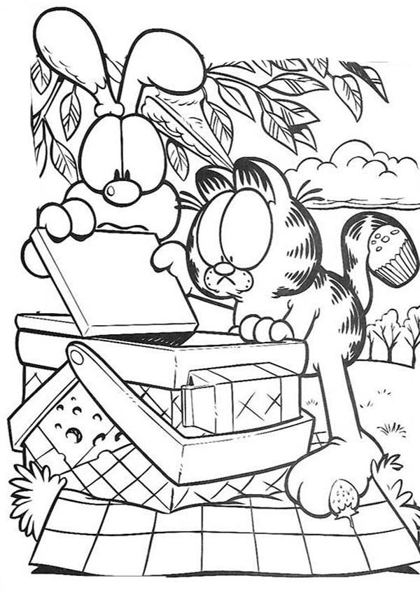 Garfield And Oddie Open Picnic Basket Coloring Page