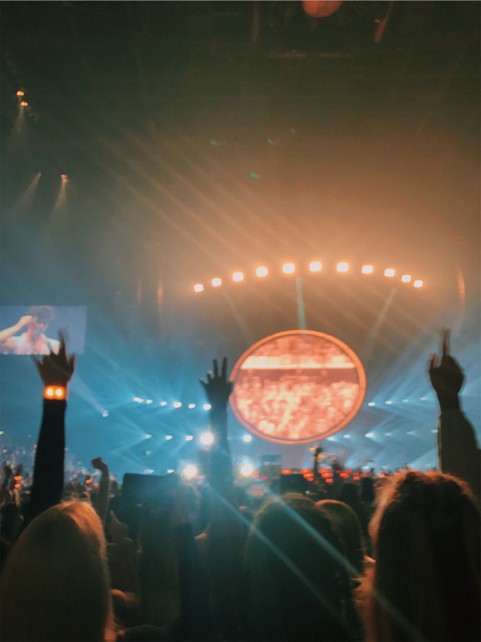 Concert Music Shawnmendes Shawnmendesthetour Frontrow Summer Famous Aesthetic Tumblr Artsy Vsco Cute Concert Aesthetic Trippy