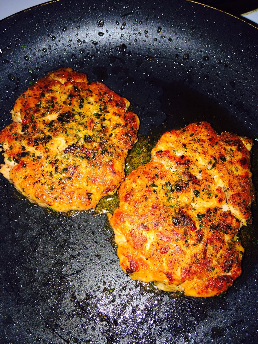 My Grilled Salmon Burgers :)