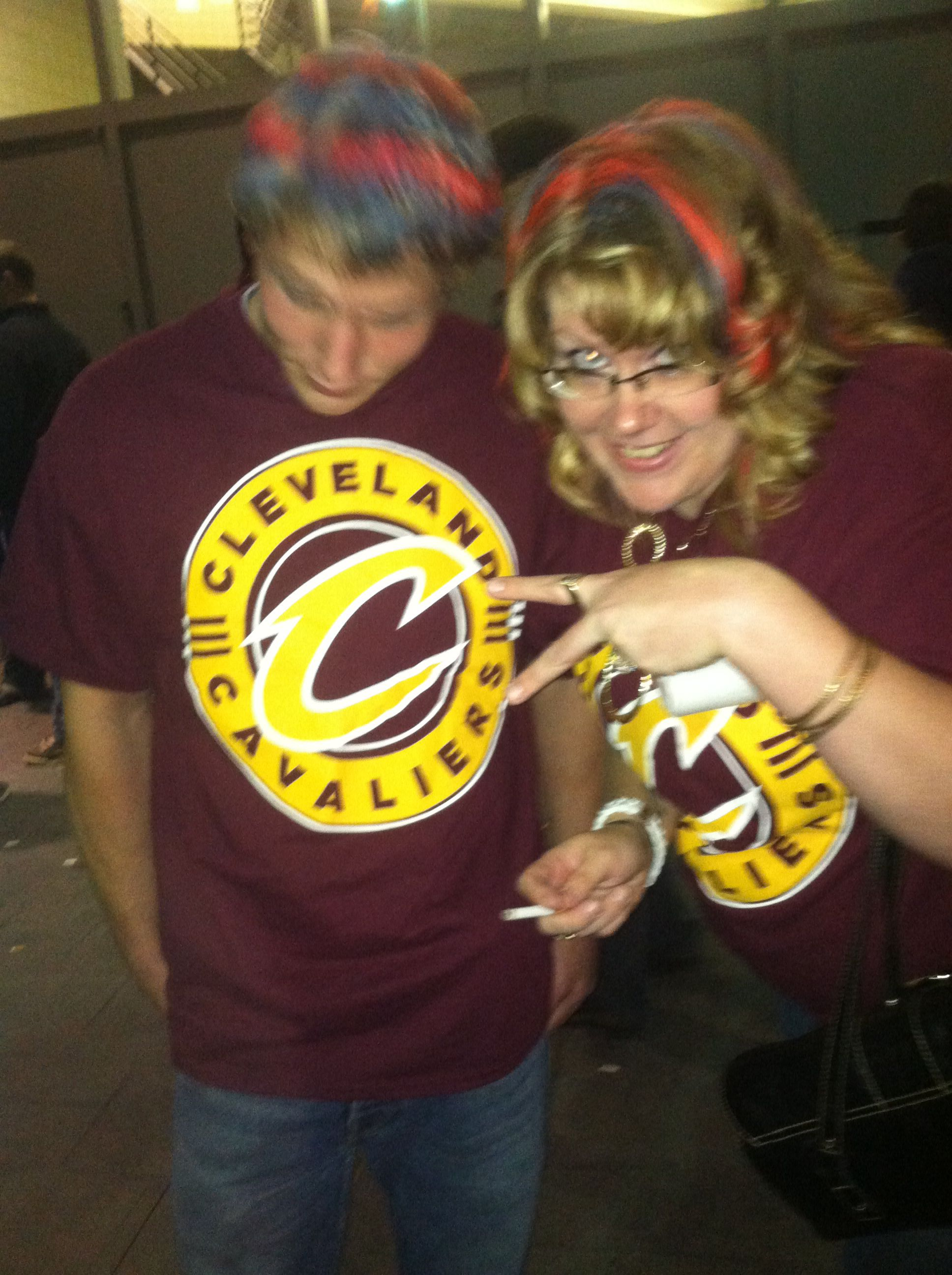 Hair painting at the cavs game