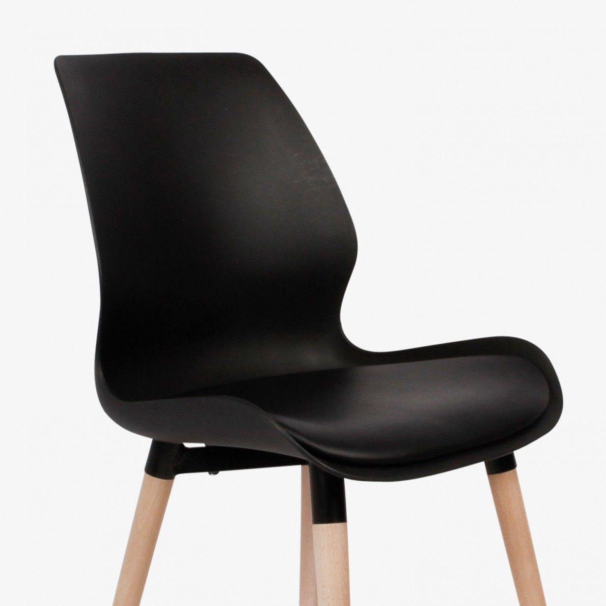 Set of 2 Nemo Chairs Black Preform Dining chairs